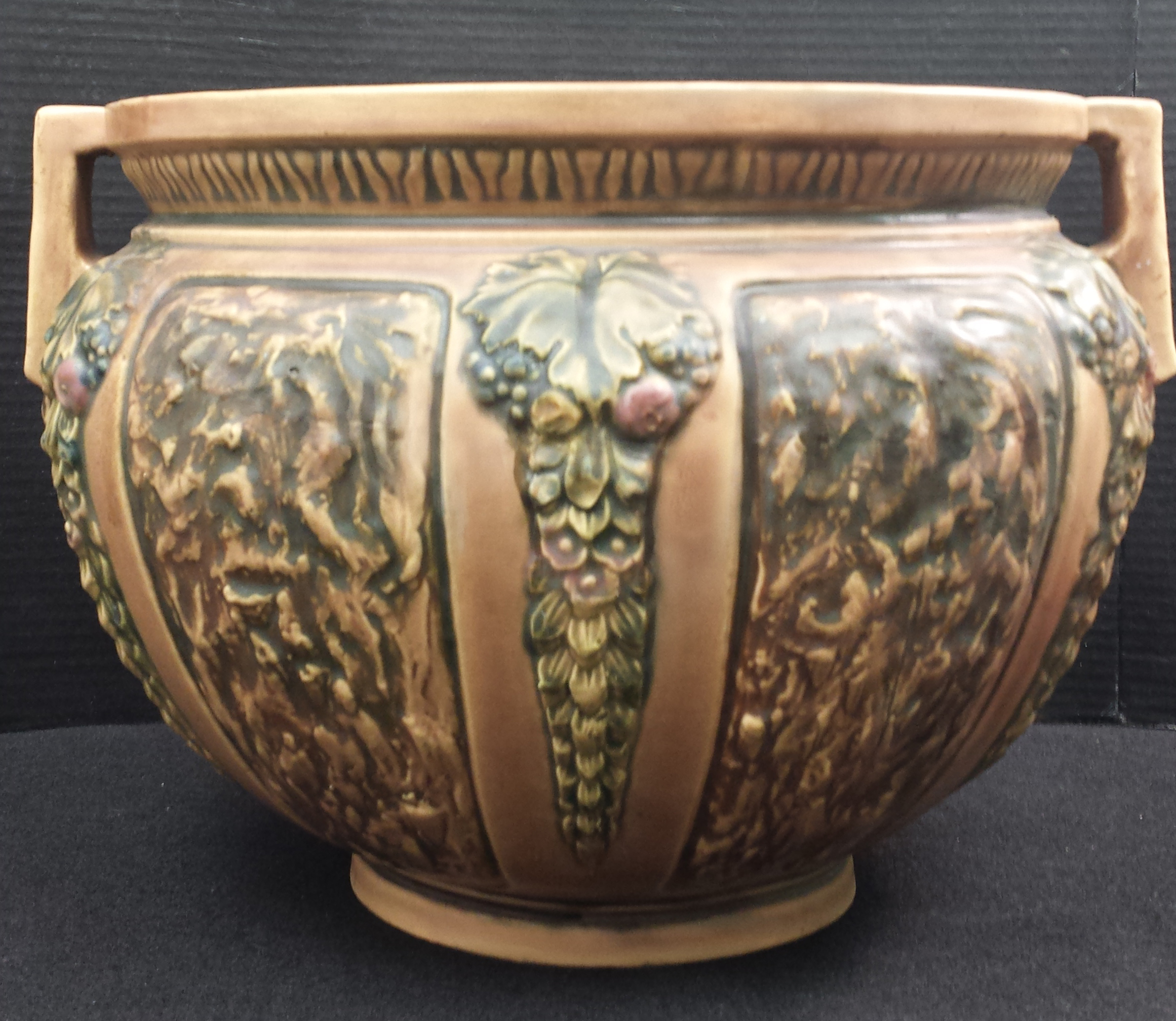 Porcelain B-A 3-02